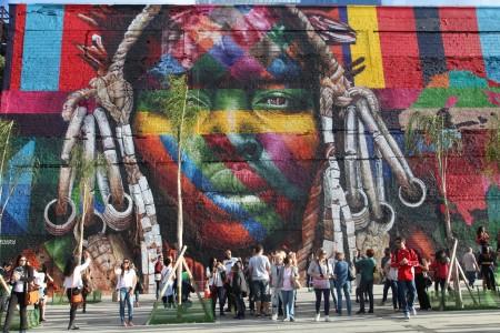 mural_etnias_boulevard_olimpico